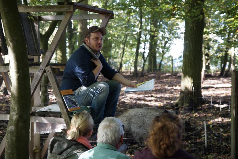 """Felix Meyer bei der Lesung """"Interview mit Emely"""""""