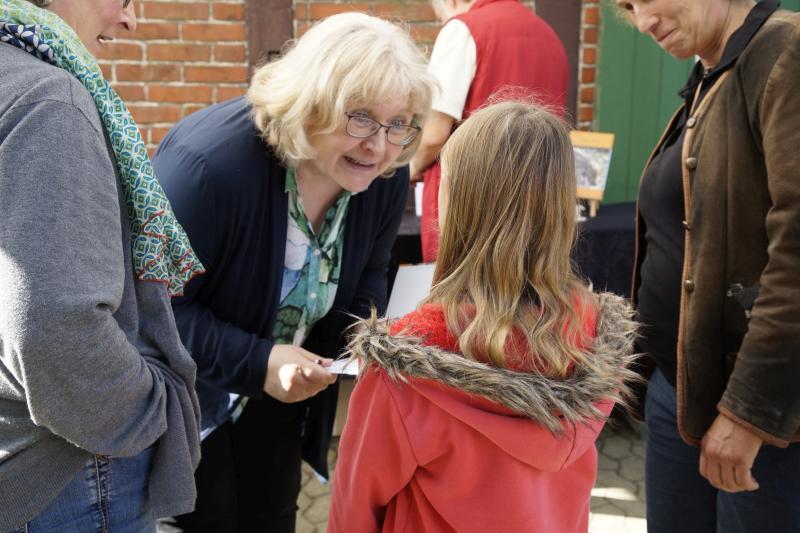 """Kinder lieben """"Interview mit Emely"""""""